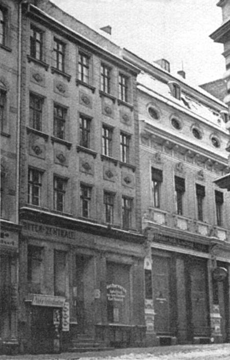 Mimo braków technicznych również te fotografie stanowią cenne źródło informacji o nieistniejącej zabudowie starego miasta – kamieniczki przy ul. Panieńskiej 25 i 26 (MNS/A.Foto/13672)